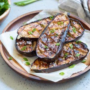 Misoglaserat aubergine